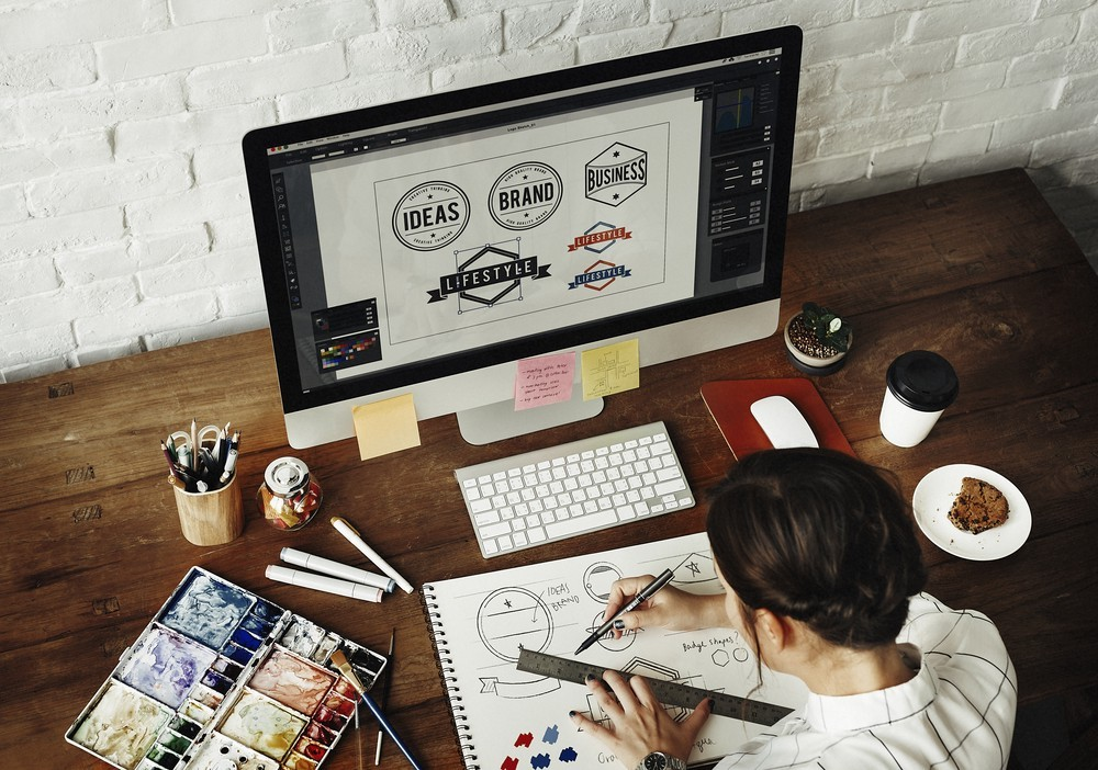 [Tố Hữu] Tuyển dụng Designer 2D, áo phông